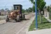 Continúan reparaciones de calles de Roca