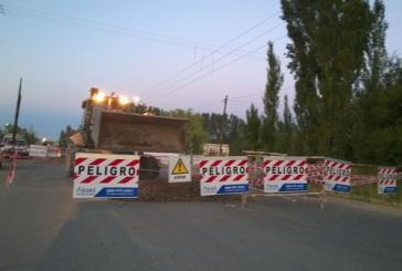 Roca: Aguas Rionegrinas dispuso operativo especial en calle Jujuy