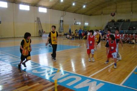 El básquet Municipal cierra su torneo Apertura