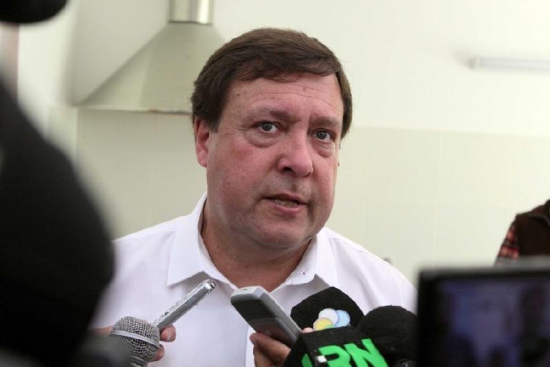 """WERETILNECK: """"El incremento salarial será similar para todos los trabajadores públicos"""", aseguró el Gobernador"""