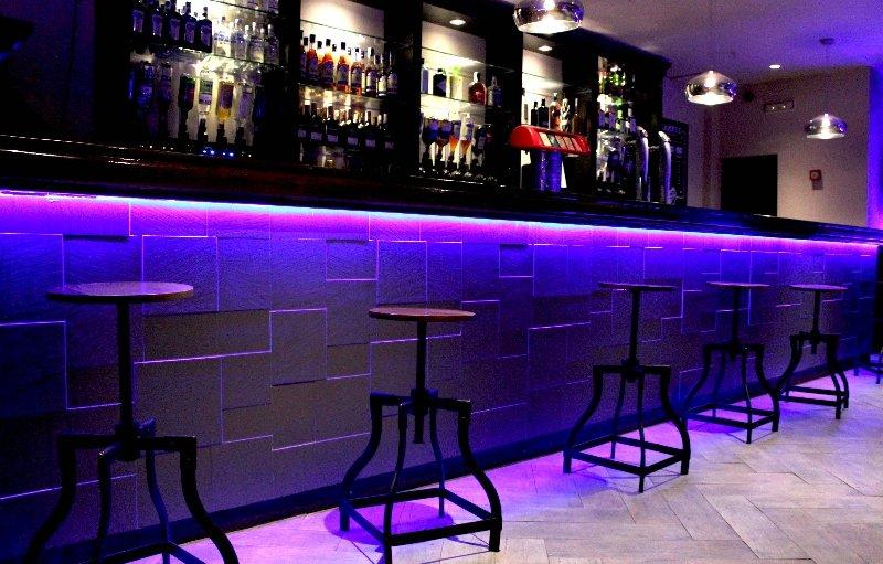 Molino De Cafe Para Un Bar
