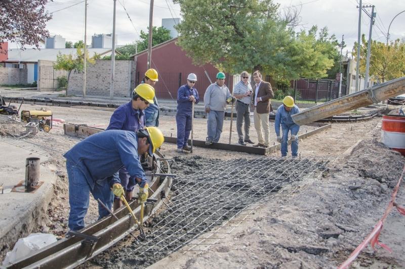 thumbnail_Pavimento Barrio Universitario 1
