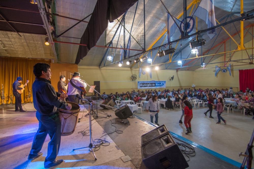 thumbnail_Peña en el Cemar 4